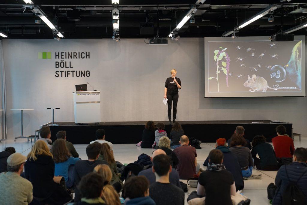 Stop Gene Drives - Vortrag von Mareike Imken bei Soup&Talk